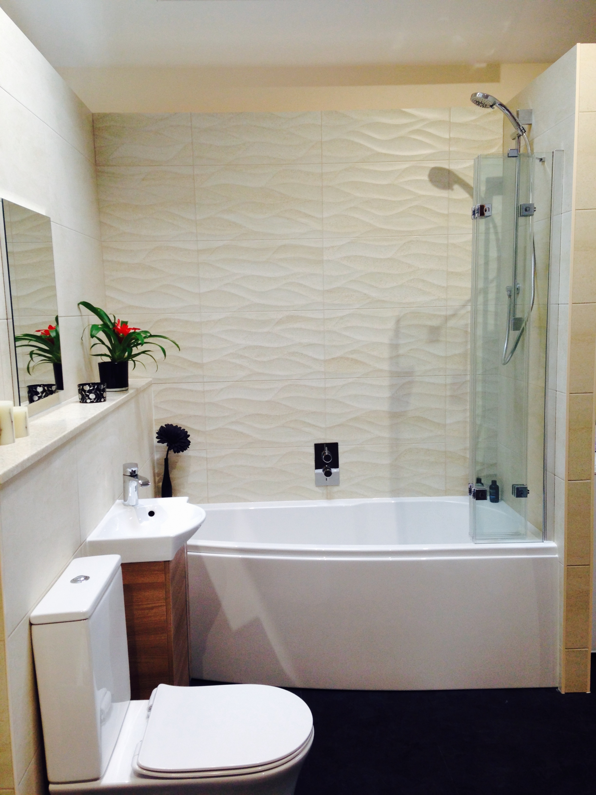Burlington Hampton Traditional Shower Bath UK Bathrooms .